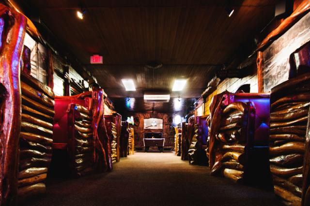 Mint Bar Booths